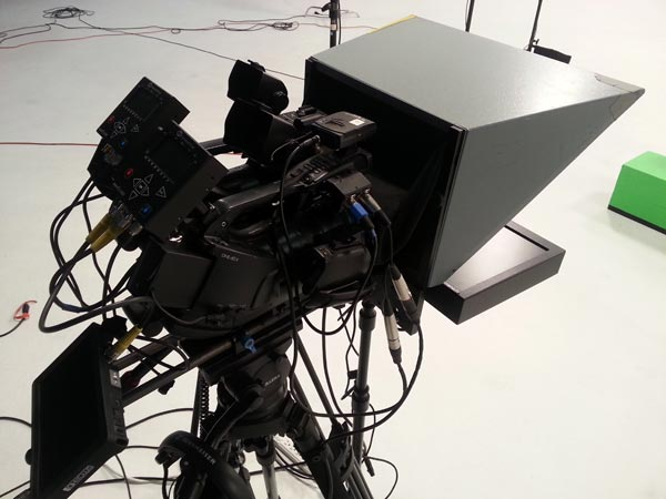 Teleprompter equipment